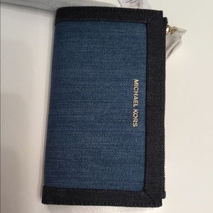 Michael Kors Wristlet - Denim